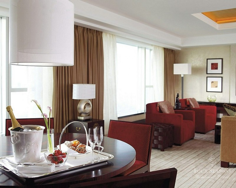 BoB Room Service Hong Kong