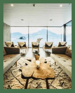 Travel Deplar Indoor View